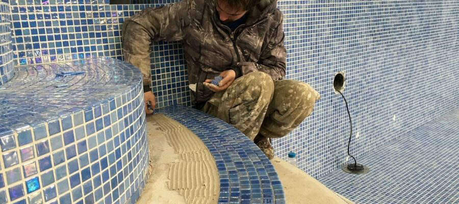 Tommy fitting mosaics